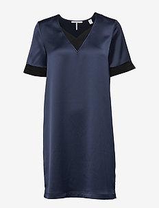 V-neck dress with rib details - NIGHT