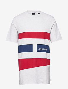 Graphic tee with raw edges - kortermede t-skjorter - combo a