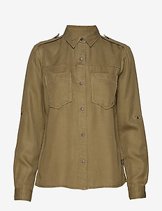 Workwear inspired shirt in drapy quality - MILITARY GREEN