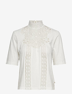 Short sleeve tee with special lace patch - OFF WHITE
