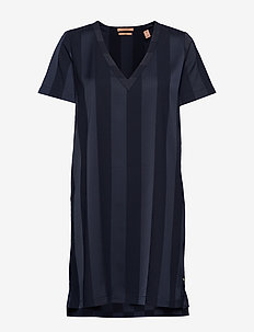 V-neck dress in tonal stripe - NIGHT