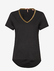 V-neck tee with velvet neck tape - BLACK