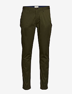 Stuart - Classic regular slim fit chino - chino's - military