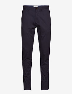 Stuart - Classic regular slim fit chino - chinos - night