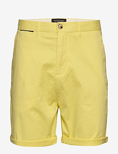 Mid length - Classic chino short in pima cotton quality - chinos shorts - bamboo yellow