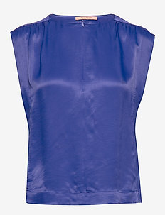 Sleeveless top in viscose quality - BLUE LAGOON