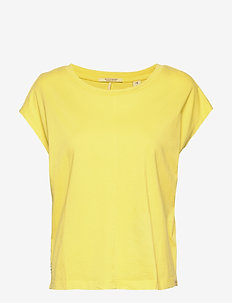 Boxy fit tee - t-shirts - flash yellow