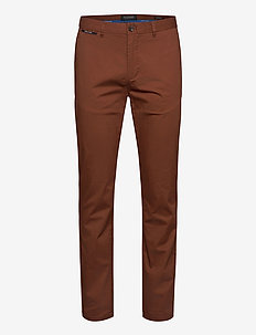STUART - Classic twill chino with stretch - pantalons chino - brown