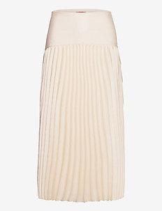 Longer length skirt in structured quality - midinederdele - ecru