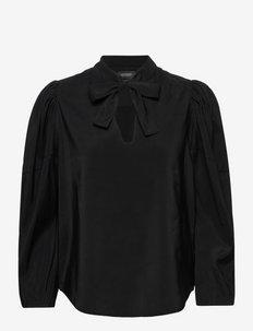 Voluminous sleeved top - blouses à manches longues - black