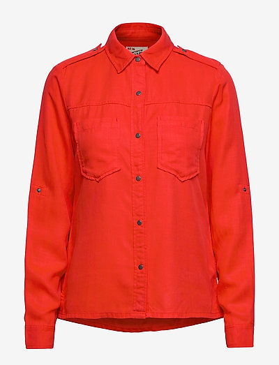 Workwear inspired shirt in drapy quality - tøj - resque red