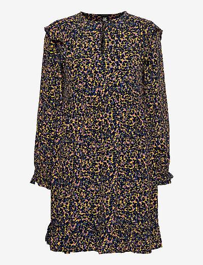 Printed drapey dress with shoulder ruffles - sommerkjoler - combo c