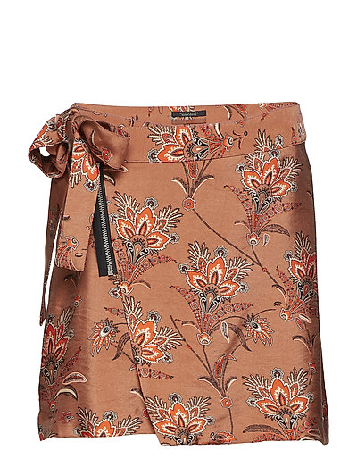 Wrapover skirt in print and solid - COMBO A