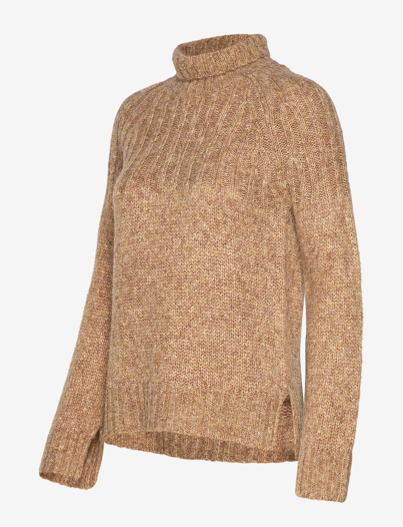 Second Female Pinea Knit T-Neck - Dzianina LARK - Kobiety Odzież.