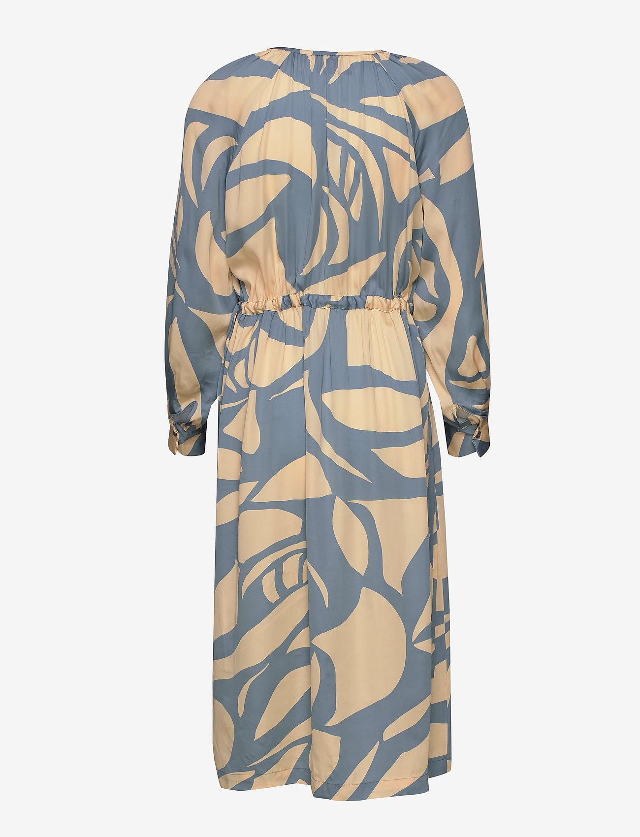 Second Female - Mala LS Midi Dress - midiklänningar - faded denim - 1