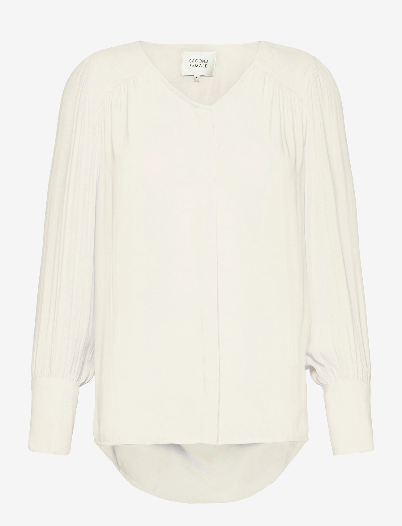 Second Female - This shirt is made in a semi-shiny luxurious  polyester comp - langærmede bluser - eggnog - 0