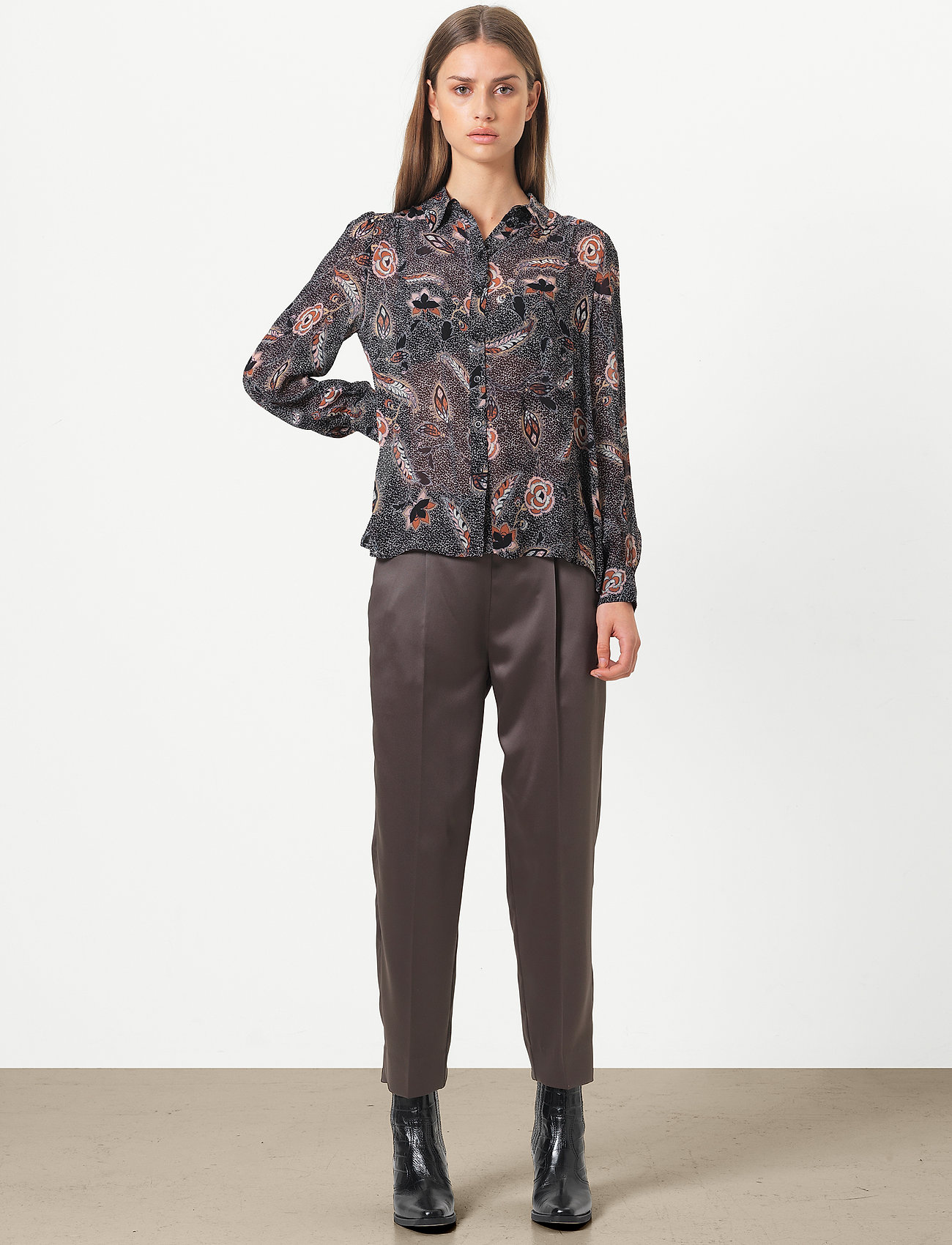 Second Female - This elegant trousers are made from a luxurious po lyester s - bukser med lige ben - sea turtle - 0