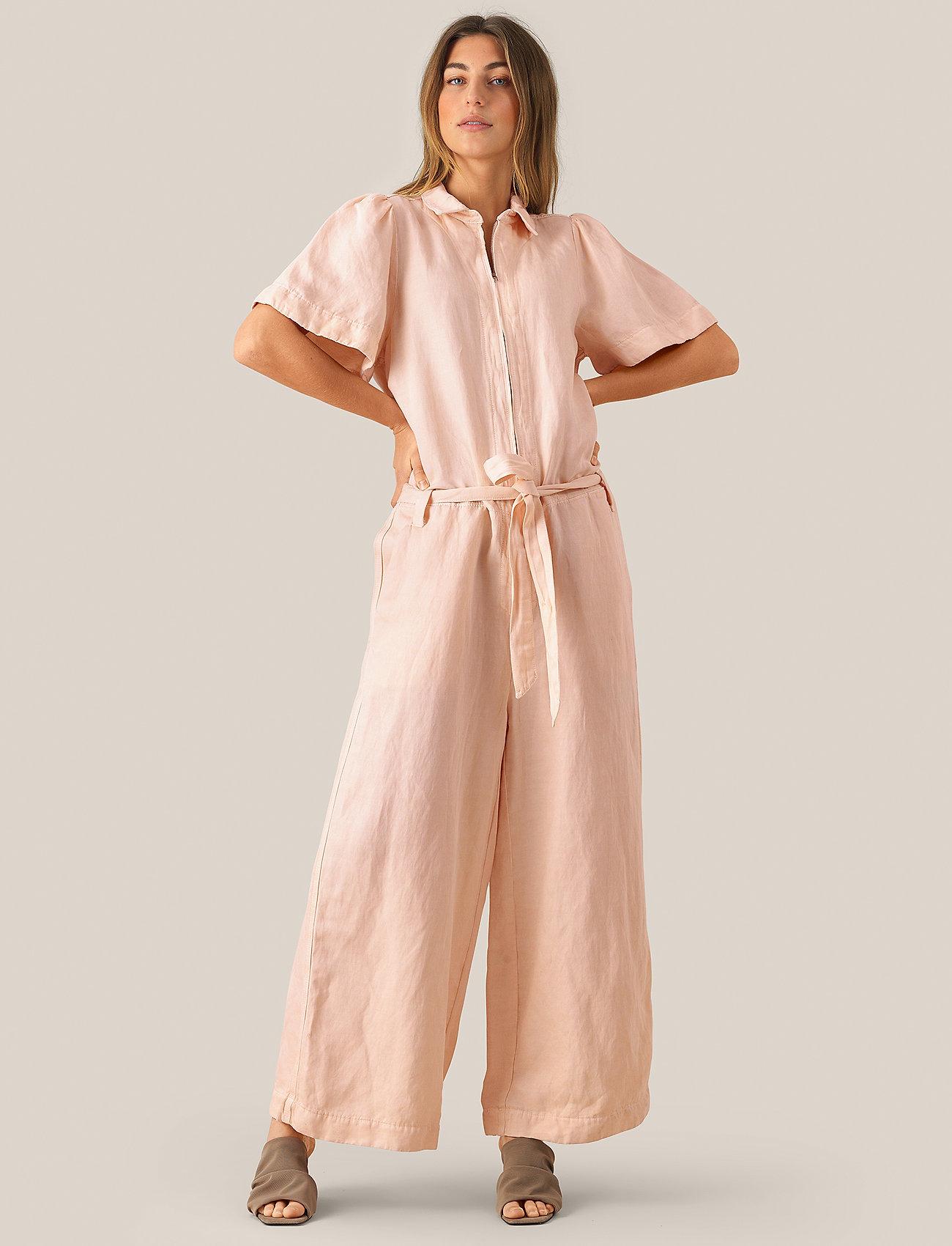 Second Female - Bella Tracksuit - jumpsuits - cream tan - 0