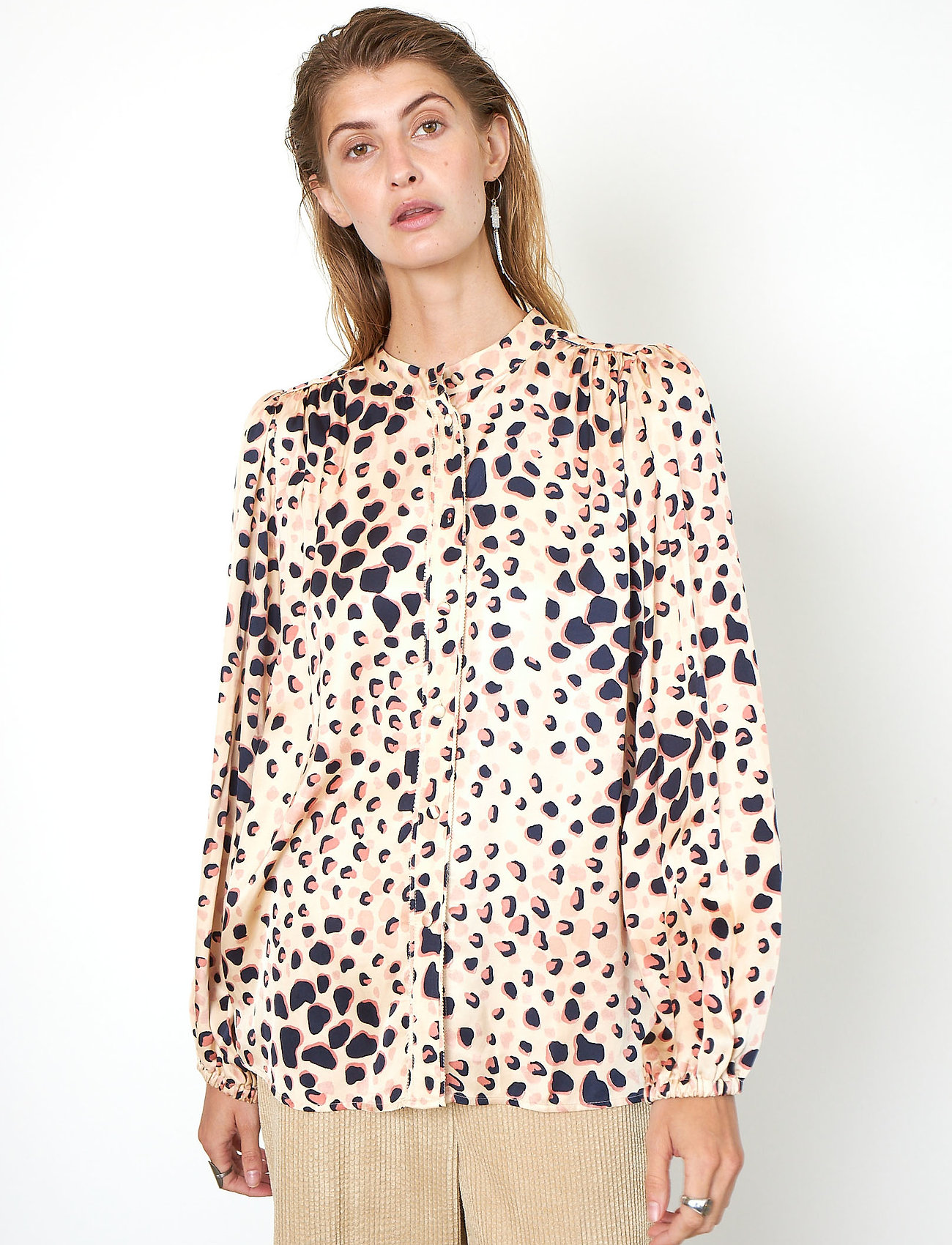 Second Female - Amur Shirt - långärmade blusar - cement - 0