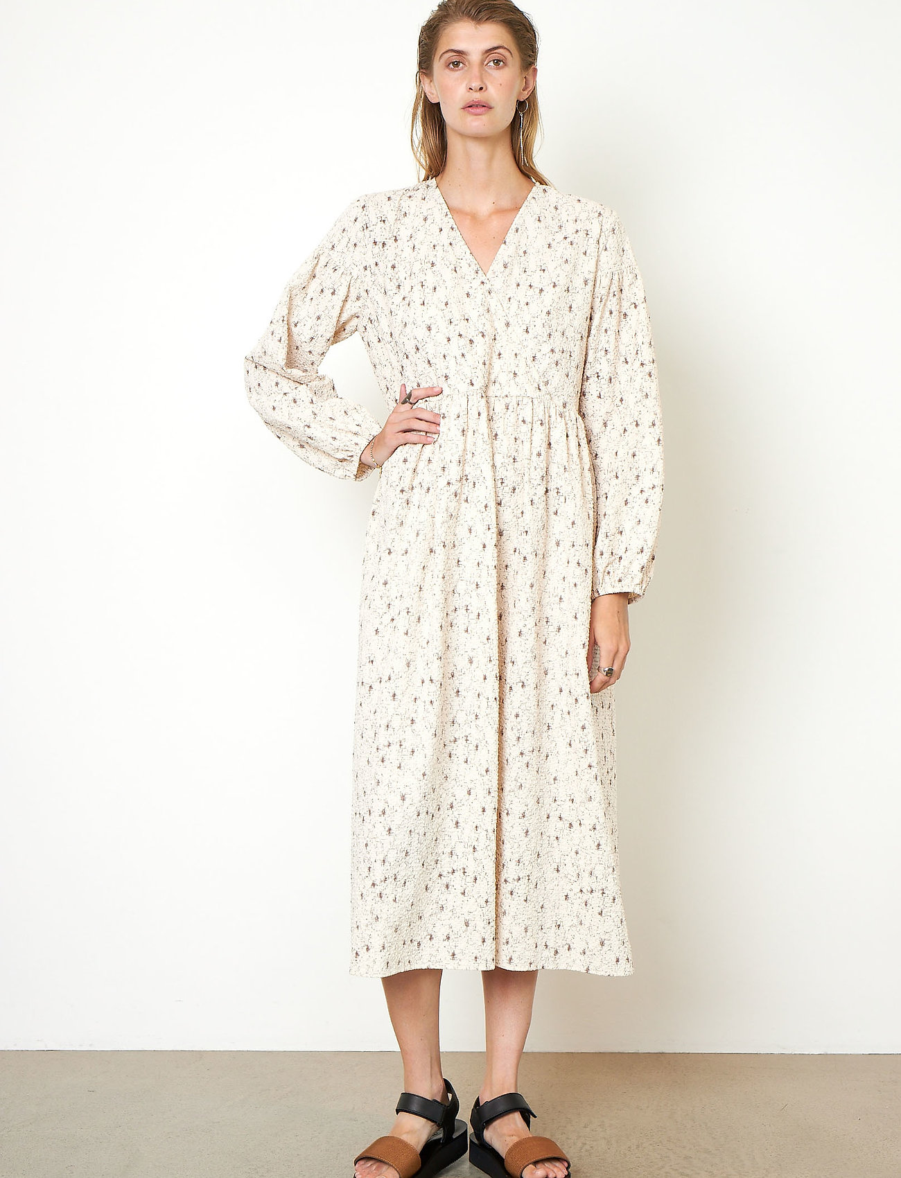 Second Female - Sketch Dress - sommarklänningar - brazilian sand - 0