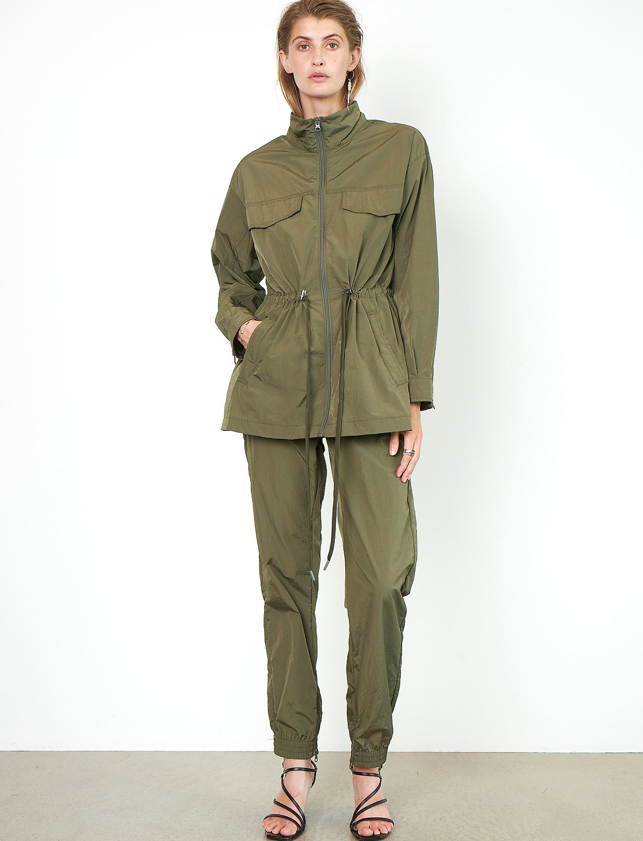 Second Female - Season New Track Trousers - raka byxor - olive night - 0