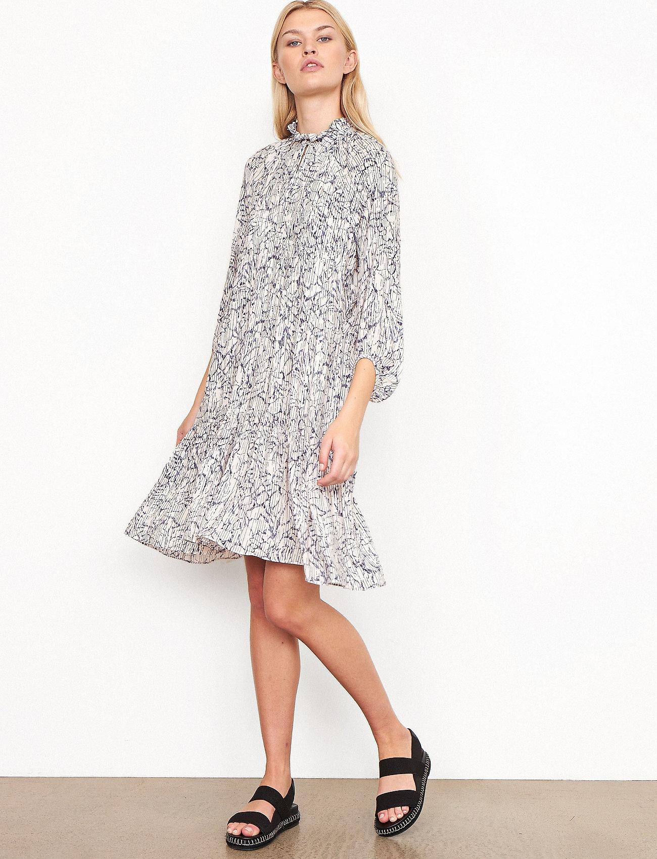 Second Female - Fiji Dress - sommarklänningar - bright white - 0