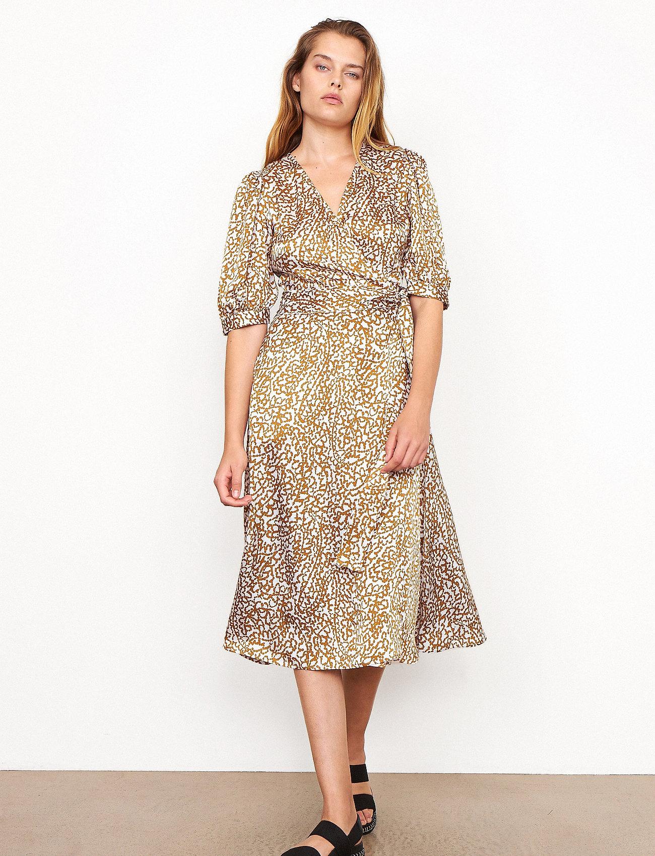Second Female - Granada Wrap Dress - sommarklänningar - bronze brown - 0