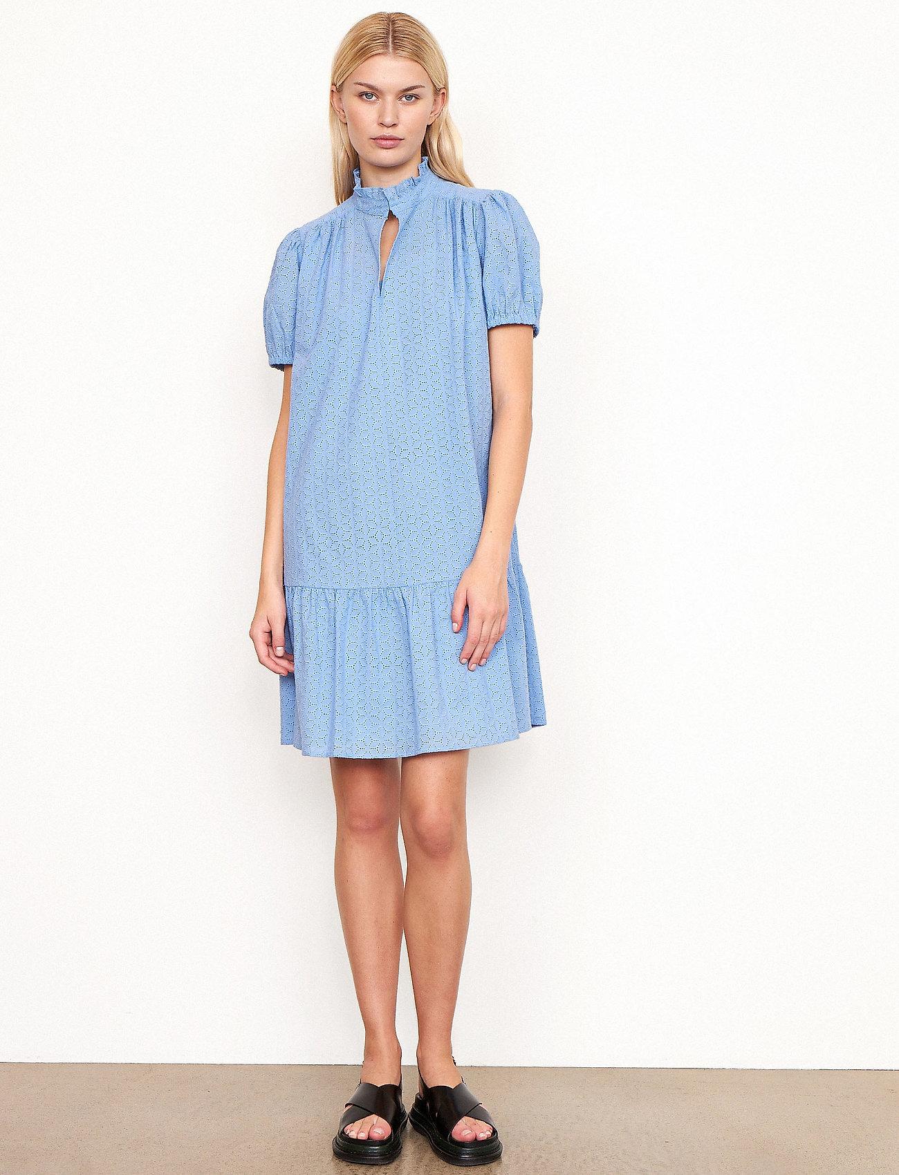 Second Female - Bilbao Dress - sommarklänningar - bel air blue - 0