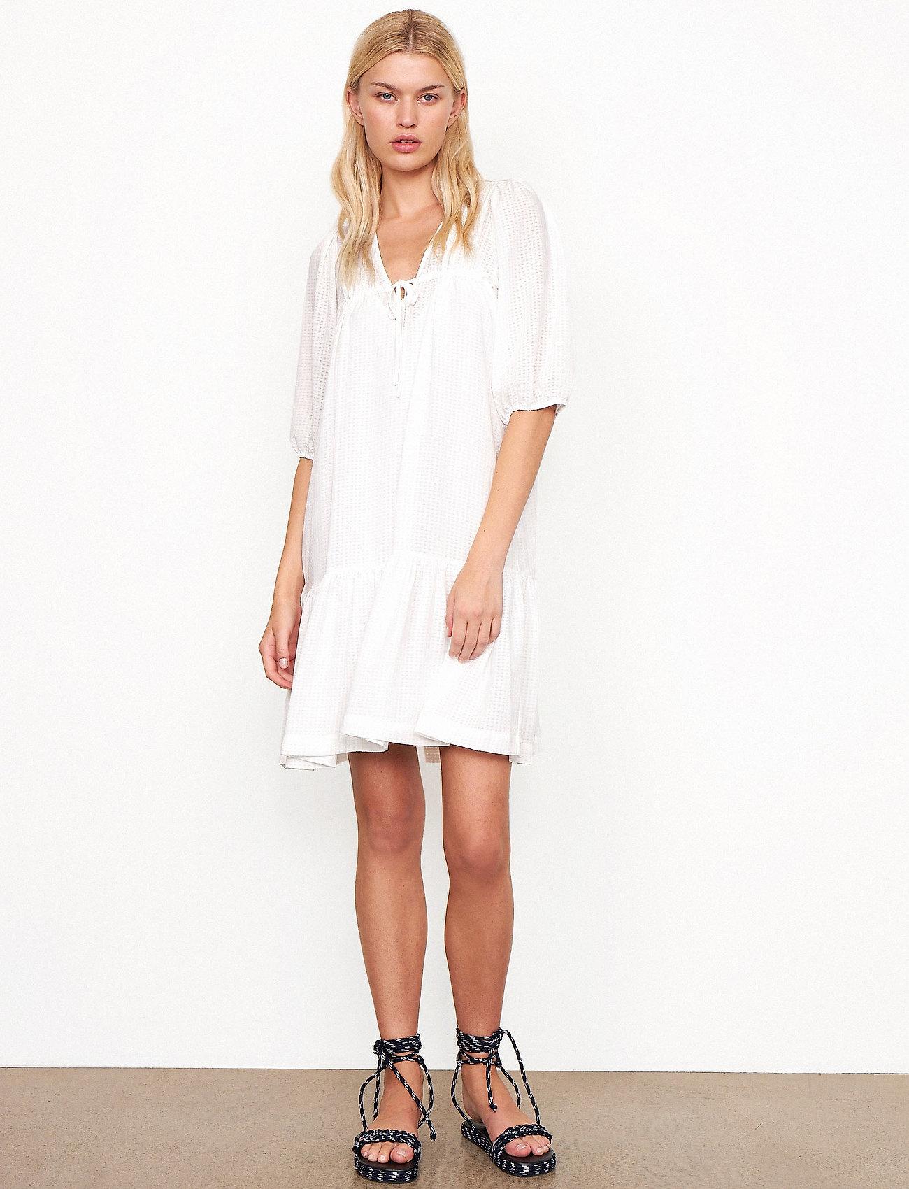 Second Female - Tara Dress - sommarklänningar - bright white - 0