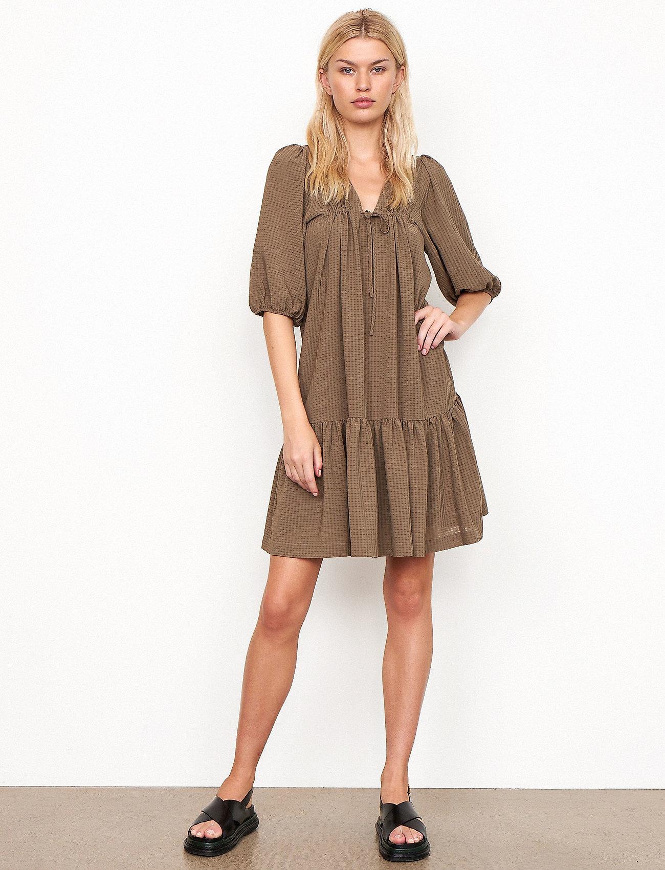 Second Female - Tara Dress - sommarklänningar - stone green - 0