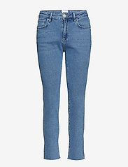 Second Female - Sille HW Jeans - straight jeans - blue denim - 0