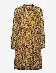Second Female - Snake Midi Dress - korta klänningar - chai tea - 0