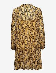 Second Female - Snake Midi Dress - korta klänningar - chai tea - 1
