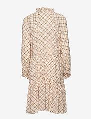 Second Female - Katt LS Midi Dress - midi kjoler - creme de peche - 1