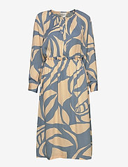 Second Female - Mala LS Midi Dress - midiklänningar - faded denim - 0