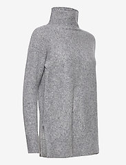 Second Female - This knit with T-neck is made in a soft wool  blend. It has - rullekraver - light grey melange - 3