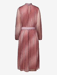 Second Female - Pleated dress in a beautiful shimmery polyester  mix quality - aftenkjoler - dusty rose - 1