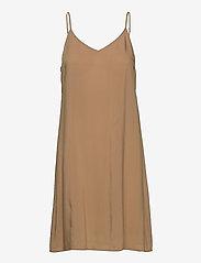 Second Female - Zelda Dress - vardagsklänningar - tuscany - 3