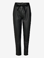 Second Female - Indie Leather New Trousers - skinnbyxor - black - 0