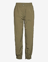 Second Female - Season New Track Trousers - raka byxor - olive night - 1