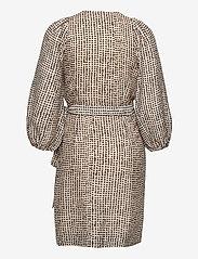 Second Female - Hampshire Wrapdress - sommarklänningar - parchment - 2