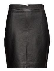 Berry Leather Skirt - BLACK