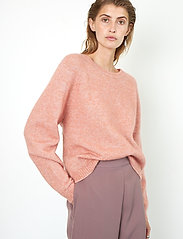 Second Female - Brook Knit O-Neck - tröjor - light mahagony - 4