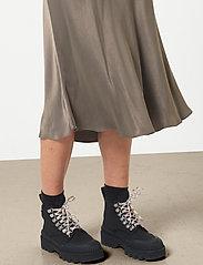 Second Female - Eddy MW Midi Skirt - midi kjolar - sea turtle - 3