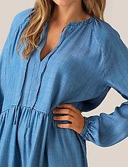 Second Female - Lilla LS Dress - denimkjoler - blue denim - 3