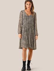 Second Female - Real LS Short Dress - midi kjoler - black - 0