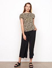 Second Female - Minga New Trousers - bukser med brede ben - black - 4