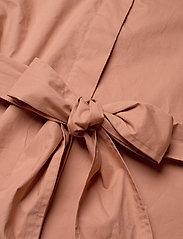 Second Female - Larkin LS Midi Shirt Dress - midiklänningar - mocha mousse - 6