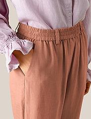 Second Female - Nukani MW Trousers - rette bukser - mocha mousse - 3
