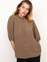 Second Female - Tara SS Shirt - kortärmade blusar - stone green - 4